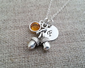 Initial Necklace. Acorn Necklace. Swarovski Birthstone.Personalized Gift. Fall Jewelry. Acorn Pendant. Woodland Jewelry. Thanksgiving
