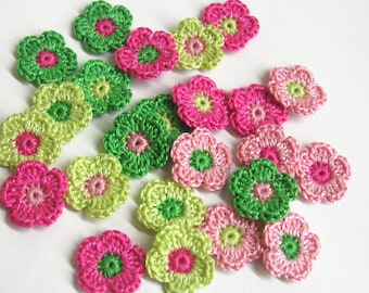 24 tiny crochet flower appliques 0.8 inches, pink and green mix (A10061)