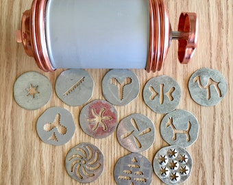 Mirro vintage cookie press set and accessories