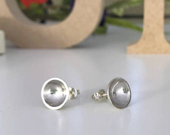 Silver circle concave cup stud earrings