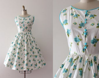 vintage 1950s floral dress // 50s floral rose print cotton day dress