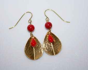 Earrings * leaf embossed brass and coral bead *.