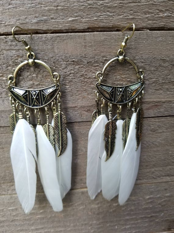 White Feathers Drop Down Dangle Native American Earth Jewelry Hippie Boho Natural Style