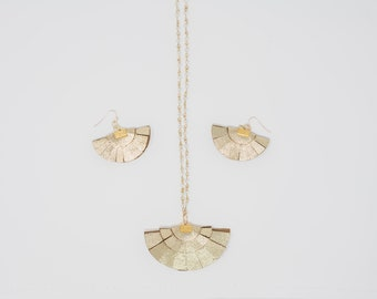 Mother's Day Gift Set Fan Necklace and Earrings