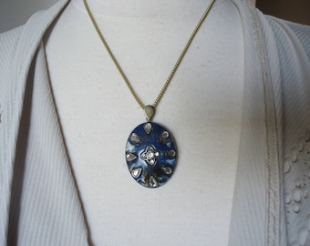 "Vintage Navy Blue and White Resin Pendant w/ Inlaid Acrylic Stones on 18"" Antique-Gold-Tone Chain"