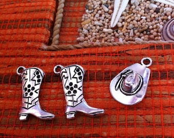 set of 3 charms 2 cowboy boots 1 Hat, silver aged