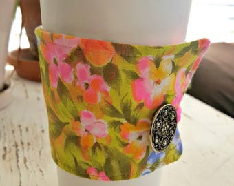 Vintage Bright Flowered Java or Tea Jacket/Coffee Sleeve
