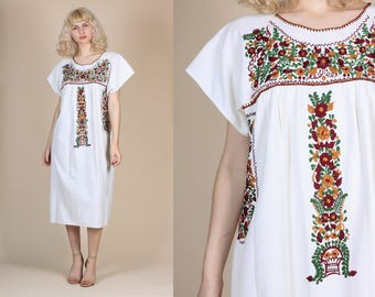 Vintage Oaxacan Mexican Dress - XL | 70s Embroidered Boho Hipie Midi Dress