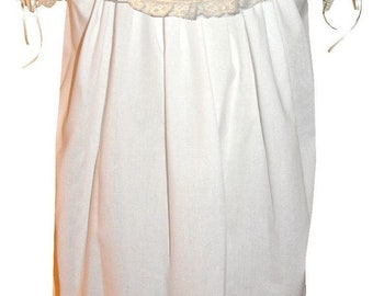 Heirloom Dress Flower Girl Dress with Round Collar, French Lace and Satin Ribbon pp3002