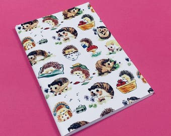 "Notebook ""12 Hedgehogs"""