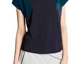 Pattern cut-out shoulders t38 loose top