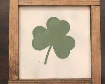 Shamrock Rustic Sign