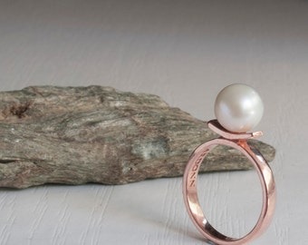 Pearl ring, rose gold pearl ring, gold pearl ring, vintage pearl ring, solitaire pearl ring