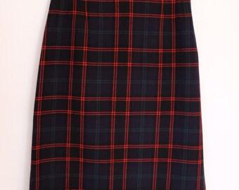Pendleton Plaid Pencil Skirt / Vintage 90s / Navy / Small