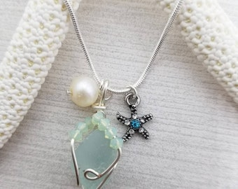 Seaglass necklace, freshwater pearl necklace, seaglass jewelry, beach necklace, beach lovers gift, beach jewelry, mothers day gift