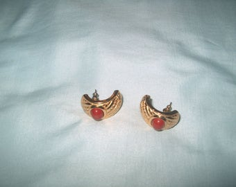 Vintage Costume Jewelry Pierced Earrings