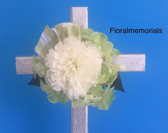 Cemetery flowers, flowers for grave, grave decoration, memorial cross, Cross for grave, memorial flowers, in memory of, cemetery cross