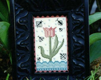 1/2 One Tulip by Carriage House Samplings Counted Cross Stitch Pattern/Chart