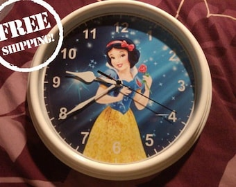Snow White Clock