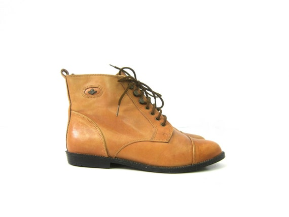 Tan Leather ankle boots Vintage Lace Up Shoes PIPPI booties light Peter Pan granny boots womens 1980s Shoes size 7