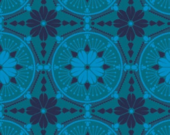 True Colors Anna Maria Horner Medallion Aquamarine - 1/2yd