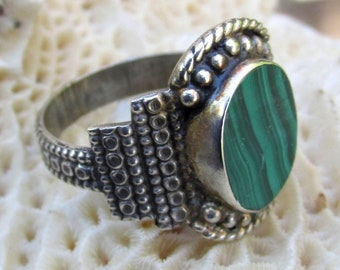 MALACHITE & Sterling Silver Ring - size 10 - Vintage Jewelry Unisex mens ladies