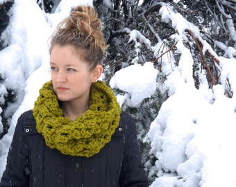 DIY PATTERN: Skye Cowl, super bulky scarf, easy crochet PDF, chunky infinity scarf, InStAnT DoWnLoAd, Permission to Sell