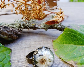 Flower ring, gift for woman, terrarium ring, real flower ring, botanical jewelry, boho ring, inspirational, glass ring, dried flowers,