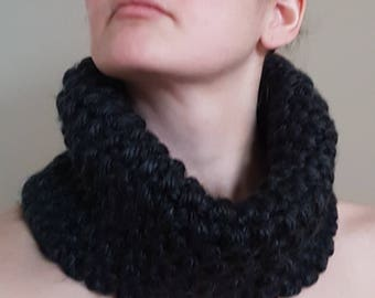 The Great Canadian Cowl in Dark Grey (knitted)