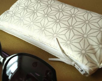 Japanese quilted glasses ivory and silver Asanoha case