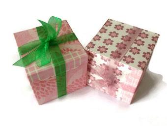 Favour Boxes - set of 8