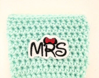 Mouse Ear Something Blue Mrs. Just Married Engaged Minnie Bow Coffee Sleeve Drink Crochet Cozy Cozies