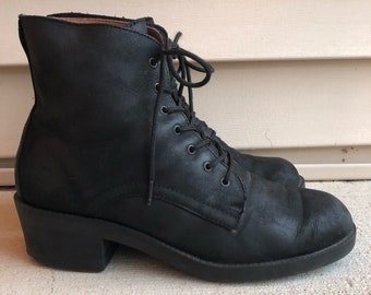Vintage Black Biker Suede Leather Lace Up Ankle Boots / Booties 7 7.5