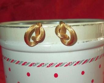 Crown Trifari Gold Tone Clip On Earrings