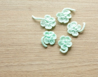 5 pcs of mint crocheted 4 leaf clover, 15mm
