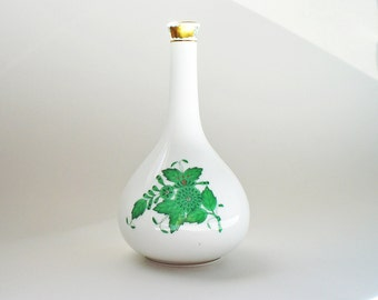 """5"""" Herend Porcelain Vase Green Chinese Bouquet  Artist Signed"""