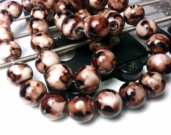 30 White and Brown Mottled Beads Glass Beads 10mm Beads B1273