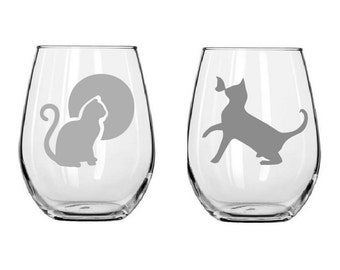 Cat Glasses,cat wine glass,etched cats,birthday gifts,Funny glass,Gifts,Christmas gifts,Etched gifts
