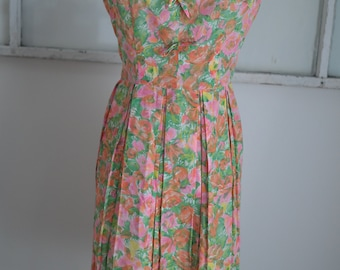 Vintage 1950s Pink / Orange / Green Floral Day Dress