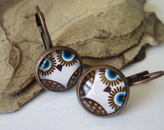 Owl Earrings, Animal Jewelry, Antiqued Copper, Small Owl, Cameo Earrings, Minimalist Jewelry, Simple Drop Earrings, Leverback, Owl Jewelry