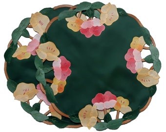 Vintage green doily with flower applique set of three