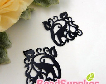 CH-ME-01904 - nickel free,  Black enameled, Filigree ivy, 4 pcs