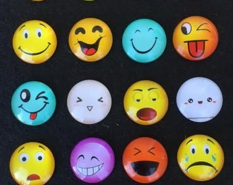 10 EMOJI Glass Cabochons 25mm Emojis Facial Expressions Emoticons Winkey Smiley Face Chat Icons Cabs Pendants Bracelets Jewelry Magnets Mix