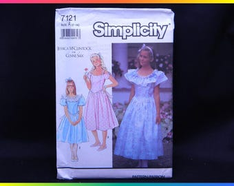 Simplicity Sewing Pattern 7121 Size A 7-14 Jessica McClintock Gunne Sax Girls' Dress w/ Neckline Var. & Att. Petticoat, Uncut/Factory Folded