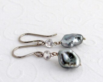 Tahiti Keishi Pearl earrings, 14k white gold, 585 white, white topaz, gift for you