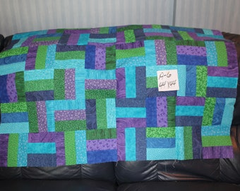 HOMEMADE QUILT top or WALLHANGING