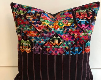 SALE !!!  Vintage Guatemalan Huipil  hand  embroidered pillow cover / One of a kind collectible boho  pillow cover