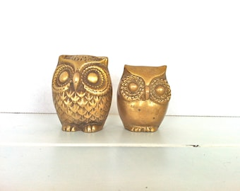 2 Brass Owl Figurines/Vintage Brass Owls/Brass Mother and Baby Owl Figurines/Gold Owl Figurines/Brass Owl Paperweights/Vintage Owl Figurines