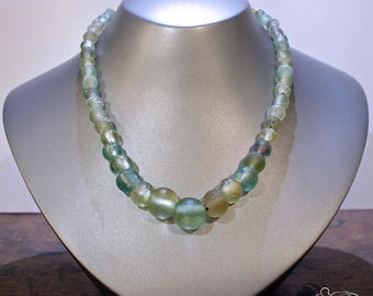 Ancient roman glass necklace with gold closure