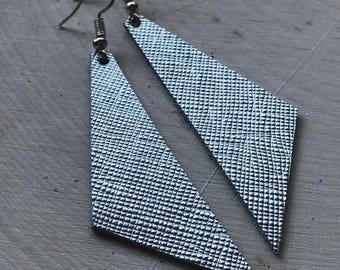 Perfect Angle Leather Earrings {Textured Silver}